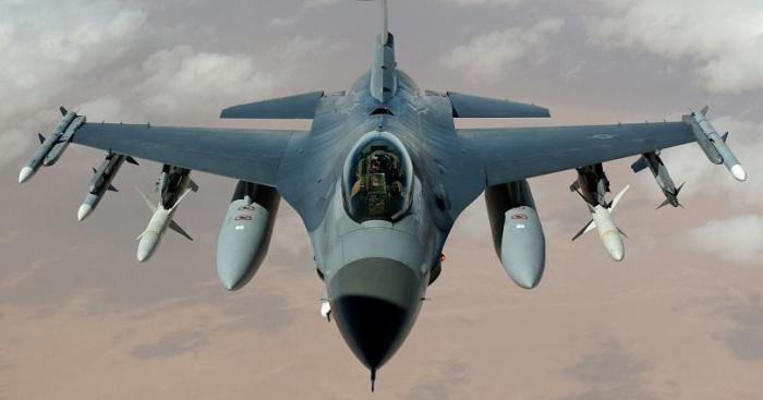 f 16 fighting falcon INSANE: yellowBird 3D Video Technology With Full 360 Viewing