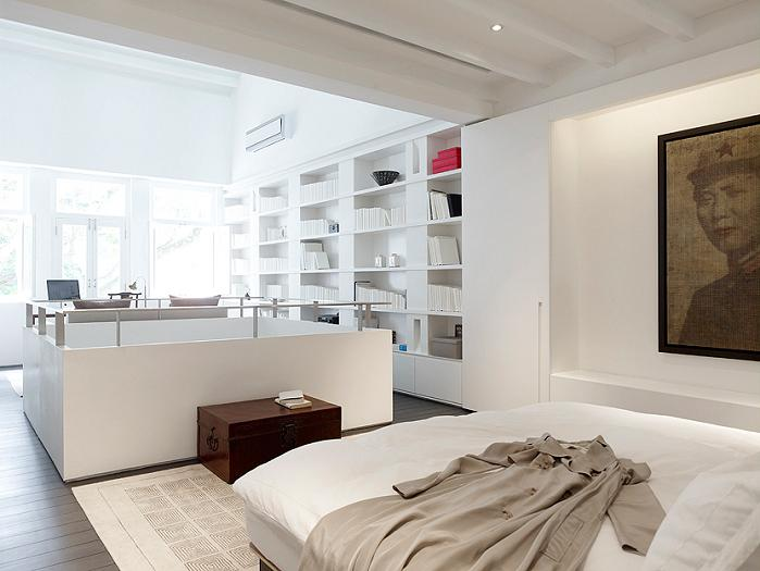 An elegant solution to a long and narrow space twistedsifter Modern minimalist master bedroom