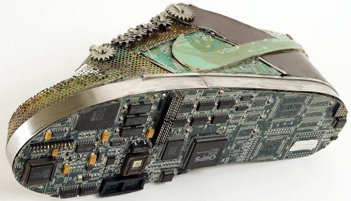 nike dunk made of old discarded computer parts and motherboards chips Nike Shoes Made of Junk, Become Art