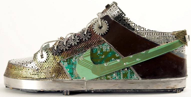 nike shoe made from junk old parts art gabriel dishaw Nike Shoes Made of  Junk,