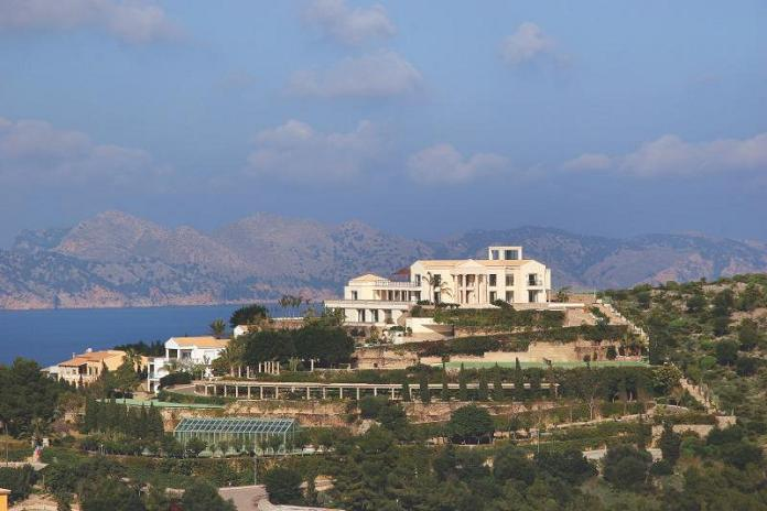 panoramic views mediterranean mansion What Does A $72.7 Million Luxury Property Look Like?