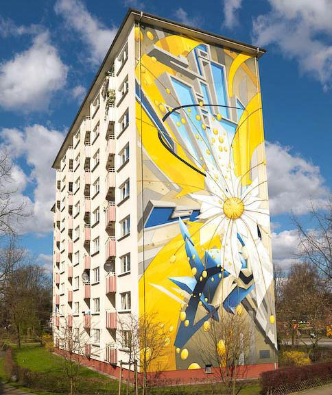 daim massive mural apartment graffiti entire building 3D INSANITY With Only Four Letters