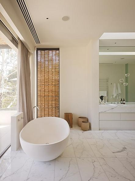 interior design bathroom inspiration The Yarra House: Interior Design Inspiration