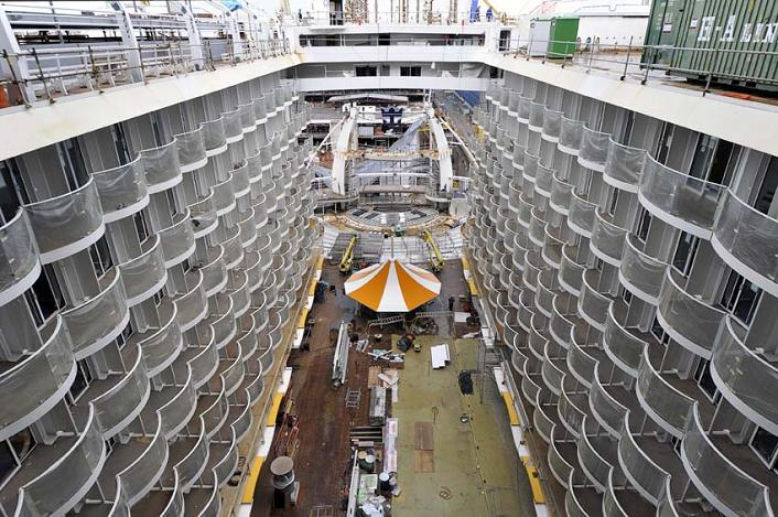 The Largest Cruise Ship In The World Is Five Times The Size Of The - Largest cruise ship engines
