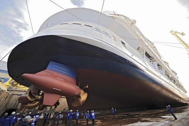 The largest cruise ship in the world is five times the for The world cruise ship cost