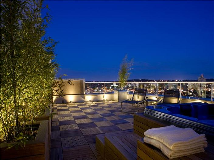 rooftop-terrace-vancouver-aquarius-penthouse-view-of-downtown