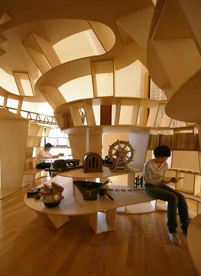 Yamakoya: The Japanese Bookshelf Cabin «TwistedSifter
