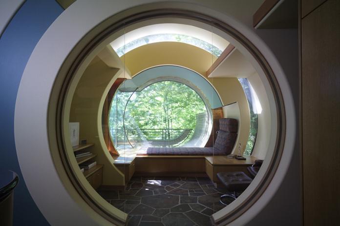 circular doorway hallway design inspiration Canopy Living: The Ultimate Tree House