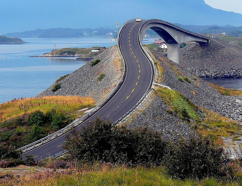curvy bridge atlantic road norway 2009 Year in Review