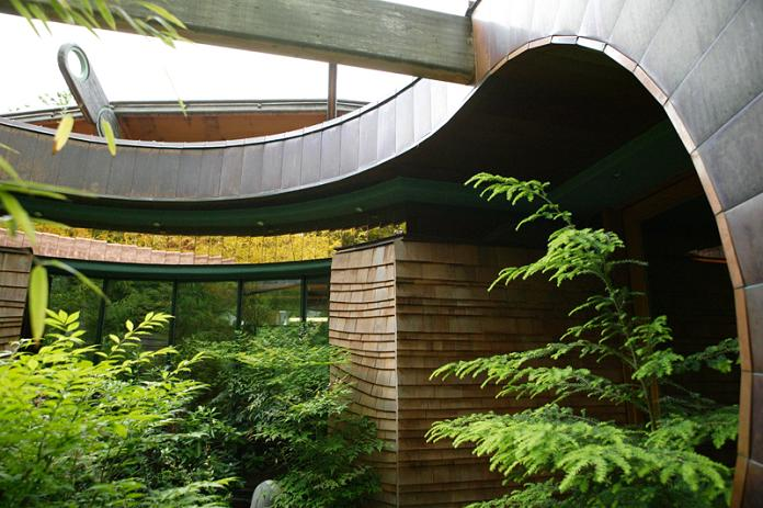 tree house mansion robert harvey oshatz portland oregon Canopy Living: The Ultimate Tree House