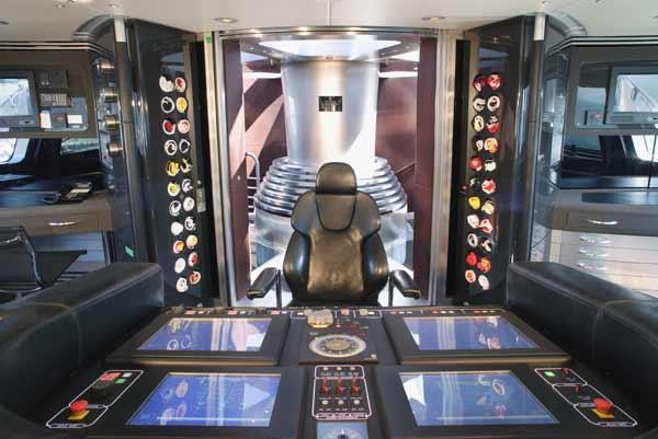 navigation-system-maltese-falcon