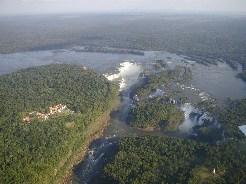 aerial view of iguazu falls in argentina brazil Iguazu Falls: 15 Amazing Pictures, 10 Incredible Facts