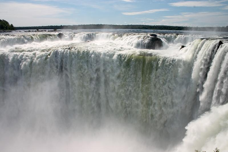 devils throat garganta del diablo iguazu falls Iguazu Falls: 15 Amazing Pictures, 10 Incredible Facts