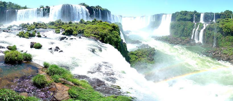 iguazu falls argentina brazil Iguazu Falls: 15 Amazing Pictures, 10 Incredible Facts