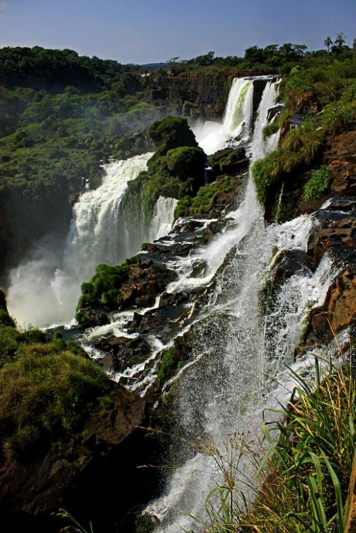 iguazu falls vertical Iguazu Falls: 15 Amazing Pictures, 10 Incredible Facts