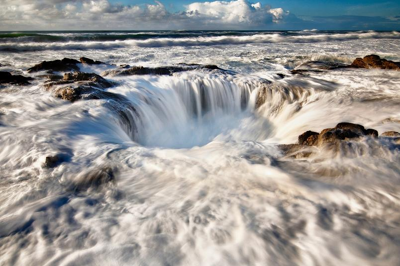 Picture of the Day – Thor's Well at Cape Perpetua