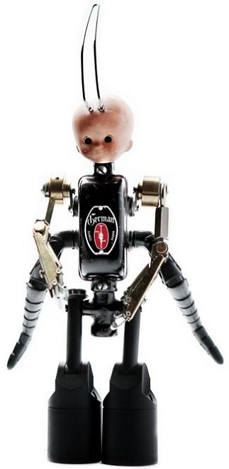 creepy doll by andrea petrachi Incredible Robot Sculptures Made from Old Electronic Parts