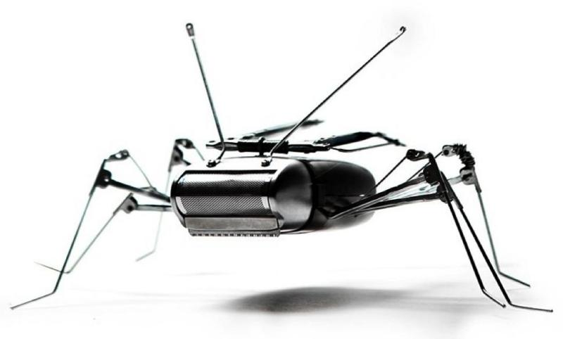 electric shaver robotic sculpture insect Incredible Robot Sculptures Made from Old Electronic Parts