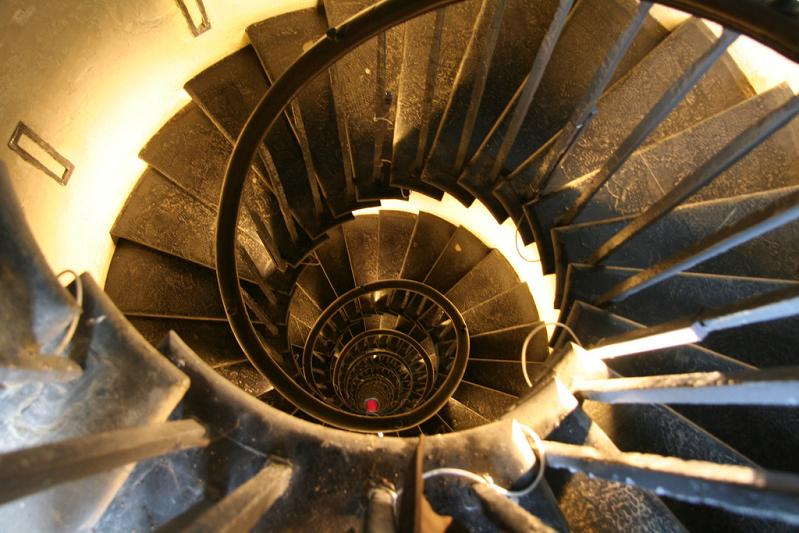 great monument london spiral staircase 25 Stunning Images of Spiral Staircases