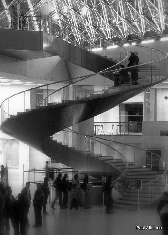 louvre spiral staircase 25 Stunning Images of Spiral Staircases