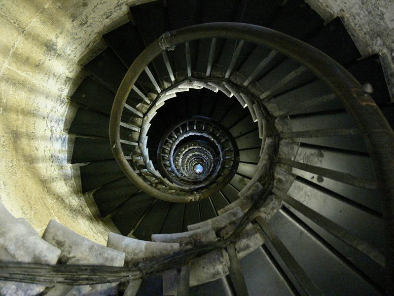 spiral-staircase-fish-hill-london