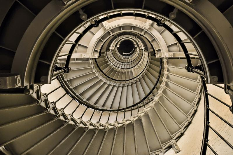 spiral staircase looking up 25 Stunning Images of Spiral Staircases