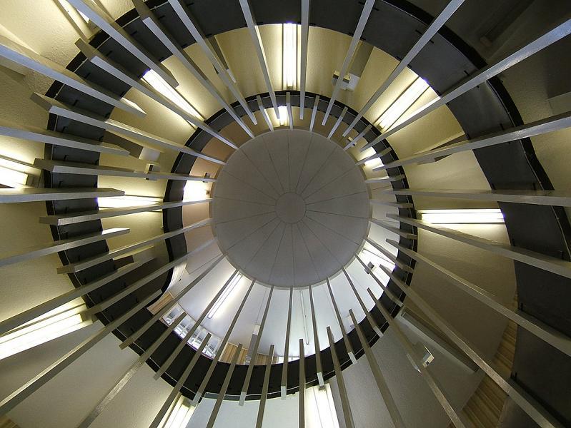 25 stunning images of spiral staircases twistedsifter. Black Bedroom Furniture Sets. Home Design Ideas