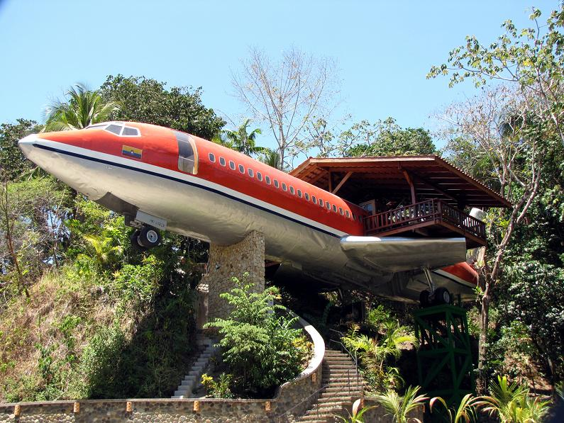airplane hotel room conversion costa rica The Sifters Top 10 Homes of 2010