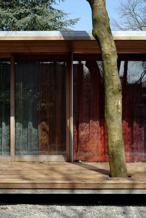 beauitful amazing bungalow inspiration A Beautiful Bungalow Built Atop A Pond