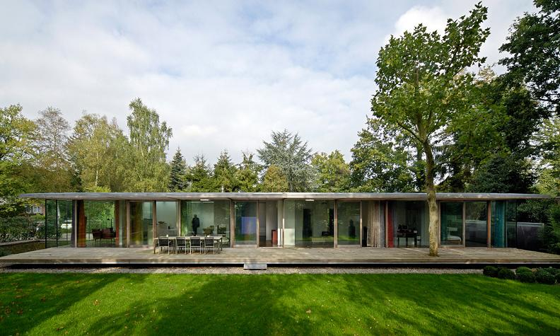 berkel house by paul de ruiter netherlands A Beautiful Bungalow Built Atop A Pond