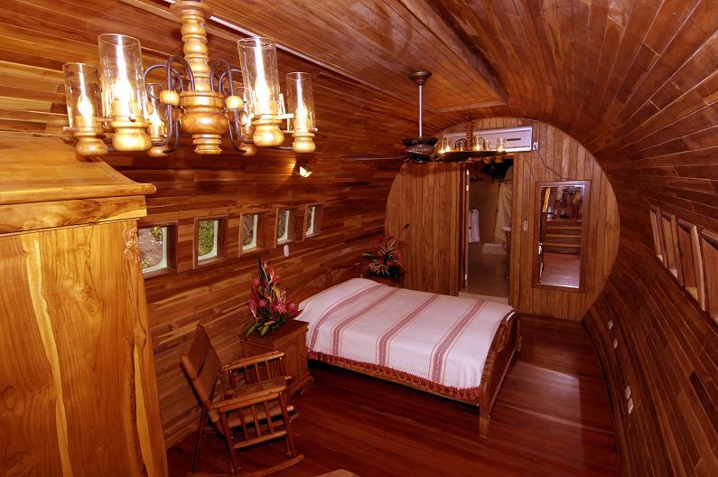 costa verde hotel room suite costa rica 1965 Boeing 727 Converted into a Costa Rican Hotel
