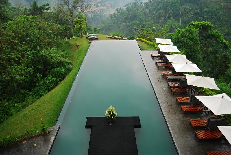 infinity pool aerial shot alila ubud bali 25 Stunning Infinity Pools Around the World