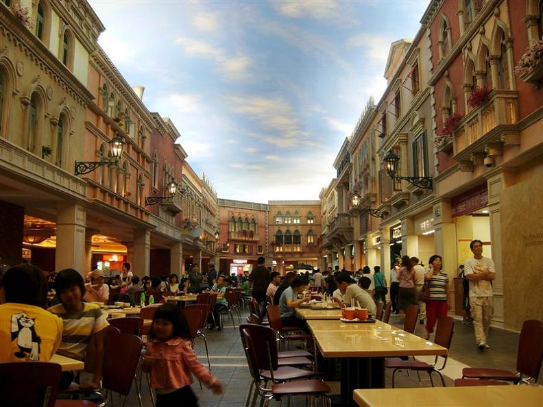 shops-gallery-at-the-venetian-macao