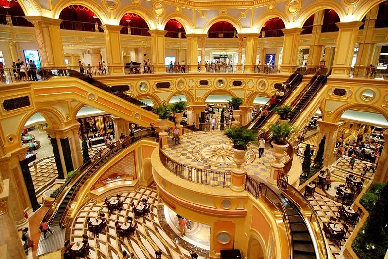 The worlds largest casino venetian macao twistedsifter venetian macao staircase altavistaventures Choice Image