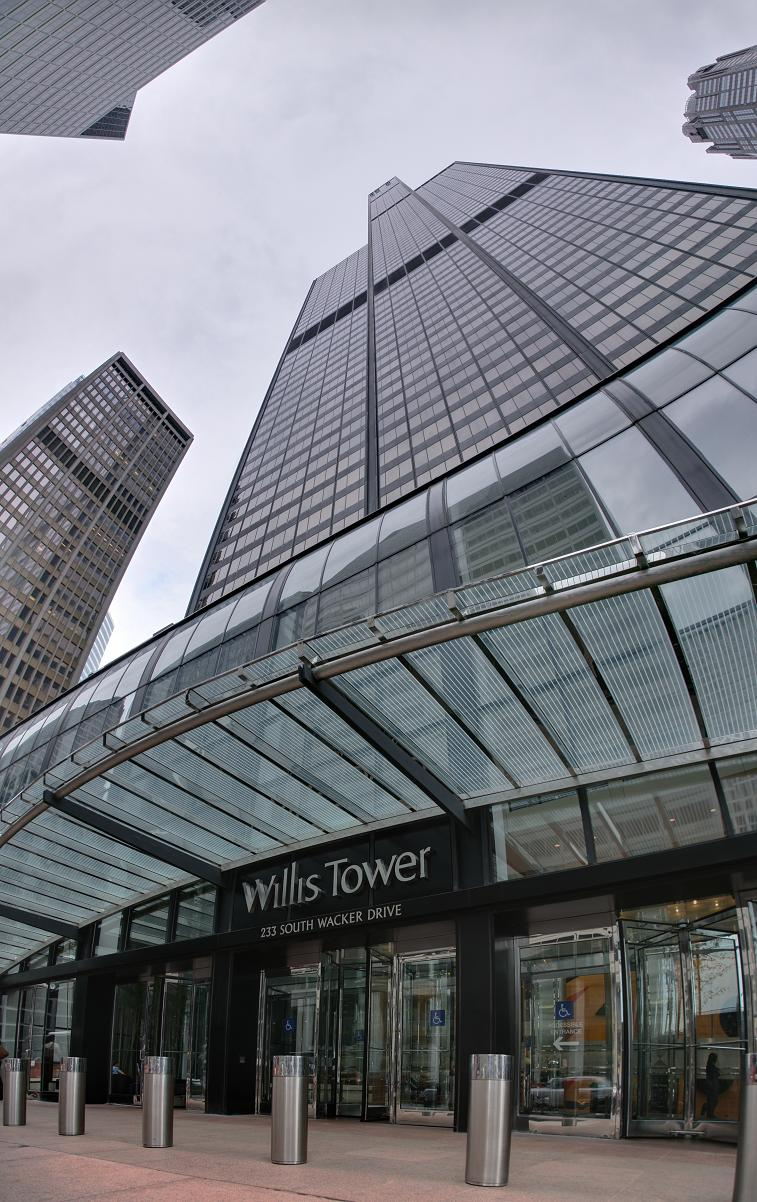 willis tower chicago 5 Buildings So Big They Have Their Own ZIP Code!
