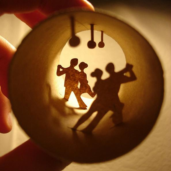 12 art inside a toilet paper roll Beautiful Miniature Paper Art Scenes [30 pics]