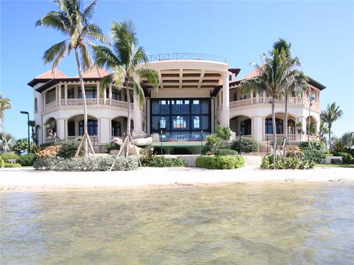castillo caribe cayman islands Mr. Hermanns Opus: The Glass Pavilion in Montecito, California