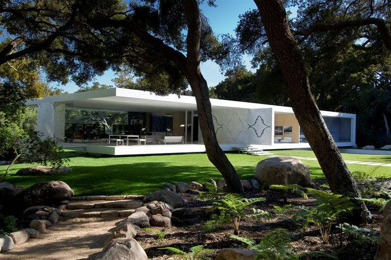 glass pavilion designed by hermann Mr. Hermanns Opus: The Glass Pavilion in Montecito, California