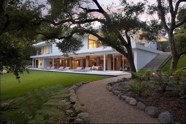 Mr. Hermann's Opus: The Glass Pavilion in Montecito,California