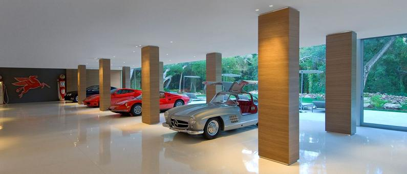private room for showing off cars Mr. Hermanns Opus: The Glass Pavilion in Montecito, California
