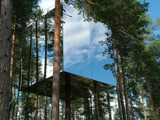 tree hotel mirror cube The Mirrorcube Treehotel in Sweden