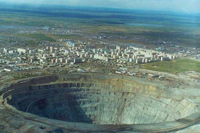 biggest diamond mine ever open hole mir mirny The Largest Open Pit Diamond Mine in the World