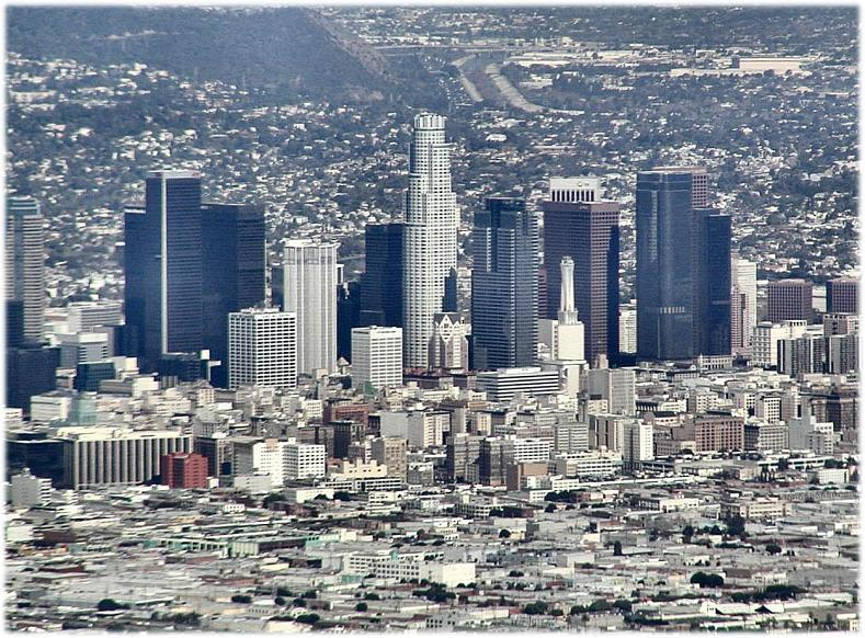 los angeles skyline1 15 Spectacular Skylines Around the World