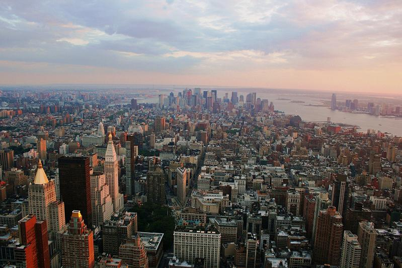 15 Spectacular Skylines Around the World