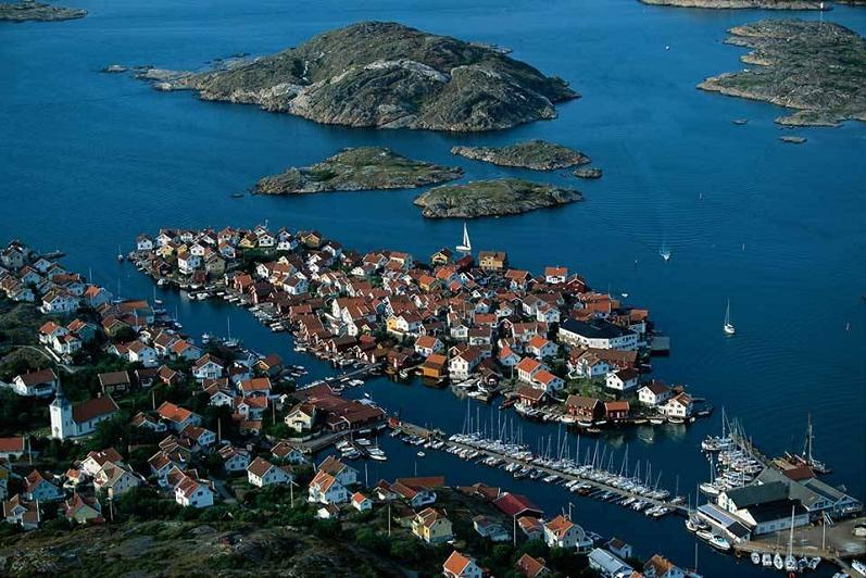 gullholmen sweden aerial yann arthus bertrand The Incredible Aerial Photography of Yann Arthus Bertrand [25 pics]