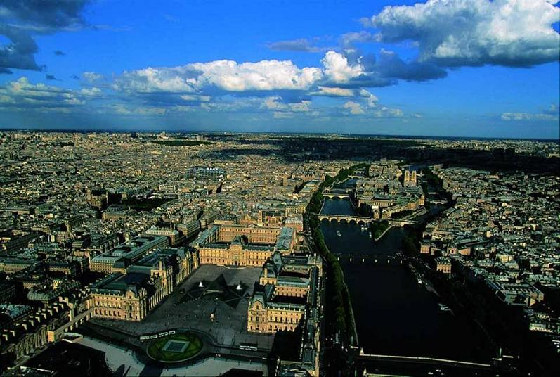 louver and ile de la cite paris france aerial The Incredible Aerial Photography of Yann Arthus Bertrand [25 pics]