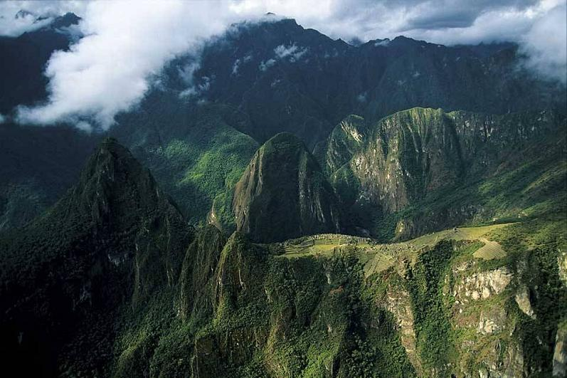 machu picchu peru aerial yann arthus bertrand The Incredible Aerial Photography of Yann Arthus Bertrand [25 pics]