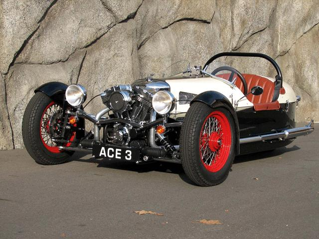 vintage cool ace cycle car rebuilds the morgan three wheeler trike twistedsifter. Black Bedroom Furniture Sets. Home Design Ideas