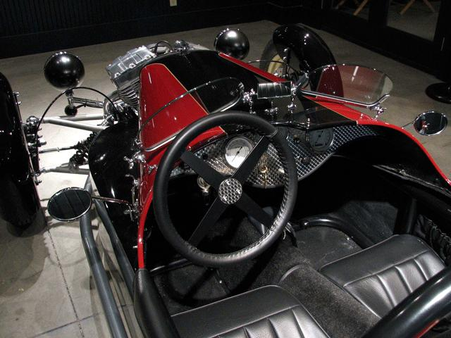 Vintage Cool: ACE Cycle-Car Rebuilds the Morgan Three-Wheeler Trike