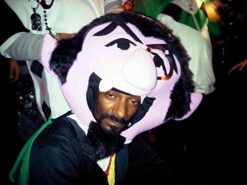 500x tumblr lb6apzyovr1qan3eyo1 1280 25 Hilarious Halloween Costumes